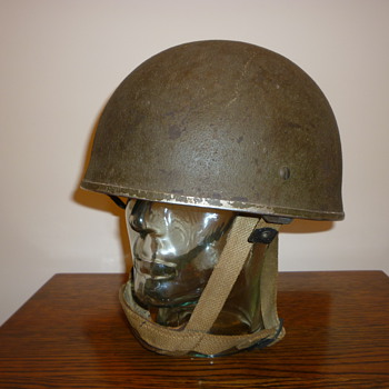 British WWII Paratrooper steel helmet. 1944 - Military and Wartime