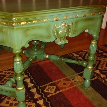 green table 8 sides. occasional table? - Furniture