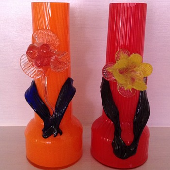 Czech Tango glass vases with applied flowers - Kralik? - Art Glass