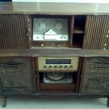 Phonograph/tuner/reel to reel Cabinet 1950's/60's - Electronics