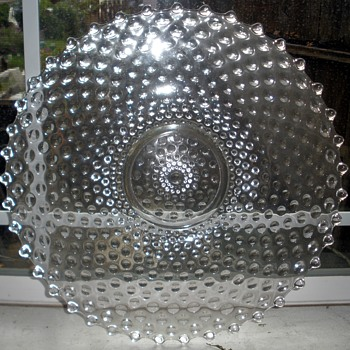 NOT Candlewick LARGE Glass Boopie-Type Charger/Platter.