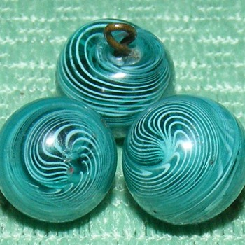 "Glass Swirlback Ball Buttons - 3/8"" - Swirls - Sewing"