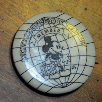 Mickey Mouse Globetrotters Member Pin