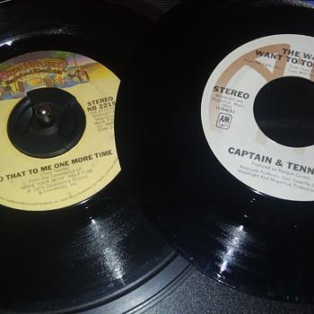 45 RPM SINGLE(S)....#204-#205 - Records