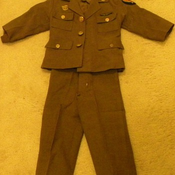 Vintage Child's Military Uniform - Military and Wartime