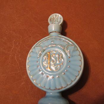 MINIATURE WHISKEY DECANTERS