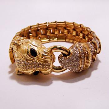 Vintage Ciner Panther Foo Dog Rhinestone Bracelet - Costume Jewelry