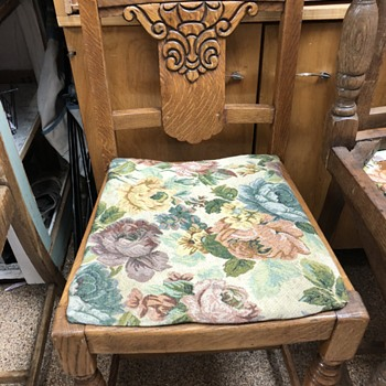 Old chairs~ - Furniture