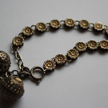 Antique Etruscan Ball Orb  bracelet - Victorian? - Fine Jewelry