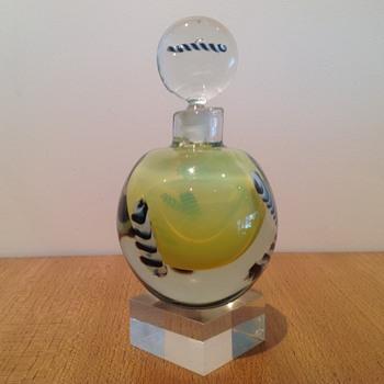 SETSUKO OGISHI PERFUME - AUSTRALIA #2 - Art Glass