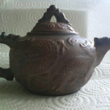 Looking for information about these teapots.
