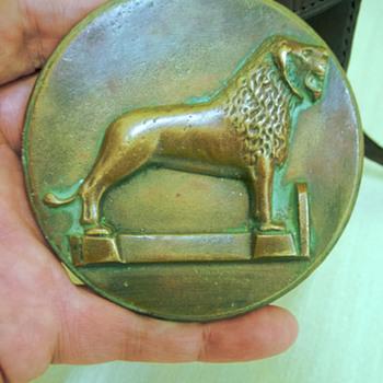 1930's Franke & Heidecke Rolleiflex Award Bronze Medal - Cameras