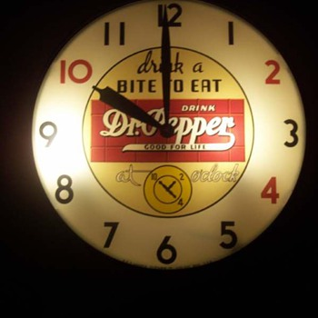 Dr. Pepper 10-2-4 clock - Advertising
