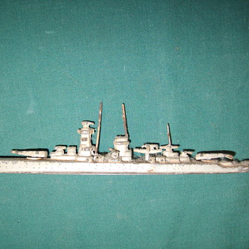 Small lead USN Cruiser? - Military and Wartime