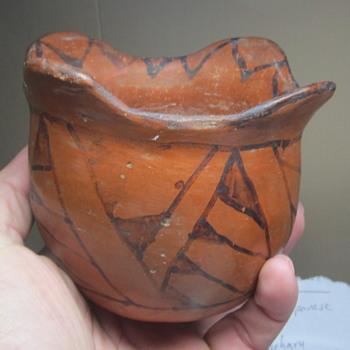 Polychrome pottery piece