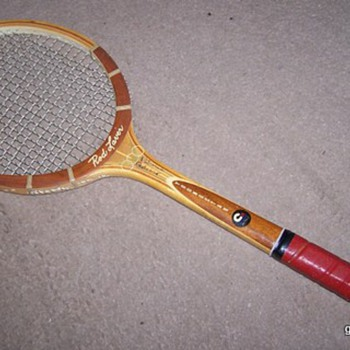 ROD LAVER YOUNGSTAR WOODEN WOOD TENNIS RACQUET - Sporting Goods