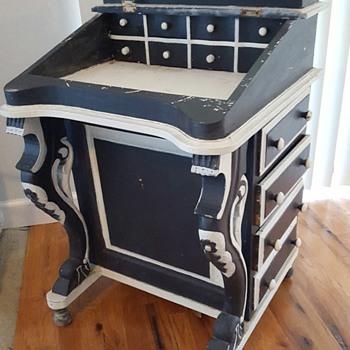 Davenport sea captains desk - Furniture