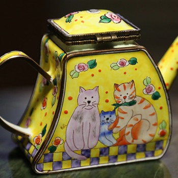 Canton / Beijing Enamel Trinket Box - Animals