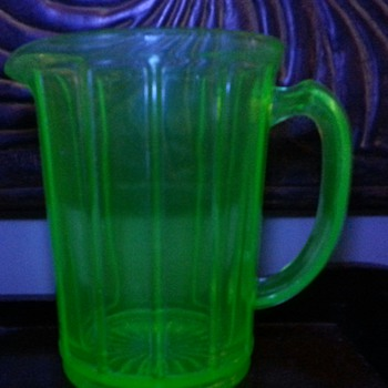 Vintage Green Depression Glass Pitcher with Flat Panel Sides - Glassware