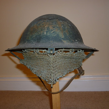 Late WW1 Experimental Visor - Military and Wartime