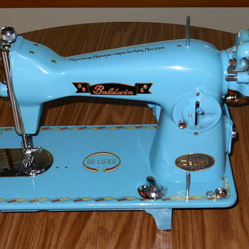 Baldwin Deluxe Sewing Machine