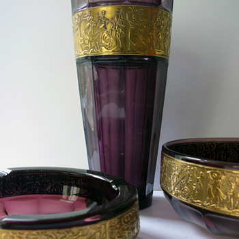 walther siebenstern amethyst glass with gold relief - Art Glass