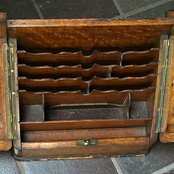 Antique campaign box. - Furniture