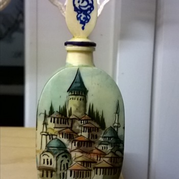 Hand Painted Turkish Bone Bottle w/Stopper  Flea Market Find 2,50 Euro ($2.68)