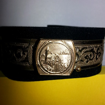 Early 19th century bracelet