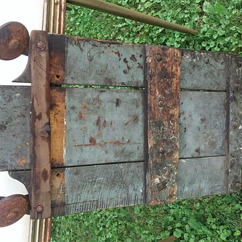 Iron and wood creeper - Petroliana