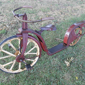 Antique scooter/bicycle - Sporting Goods