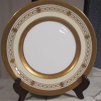 "COALPORT AD 1750 Gold Gilt Plate 10.5"" 1891-1920's. Stunning Gold Scroll Motif. - China and Dinnerware"