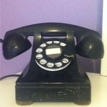 Western Electric 302 Telephone - Telephones