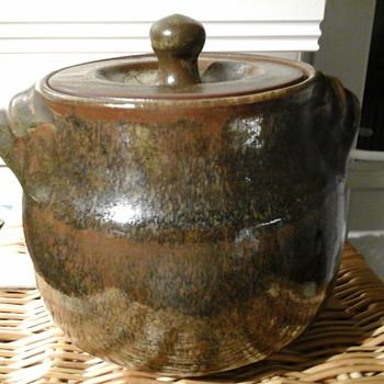Friars stoneware pot - Pottery