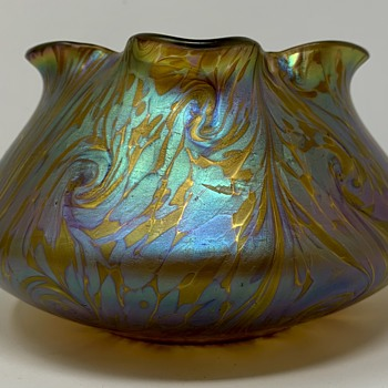 Loetz Phänomen Genre Bowl, ca. 1902 - Art Glass