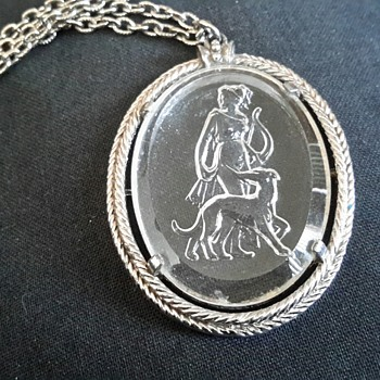 "1973 Avon ""Diana the Huntress with Greyhound "" Cameo Intaglio Crystal Pendant  - Costume Jewelry"