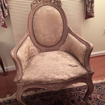 What style of chair is this? Anyone know?
