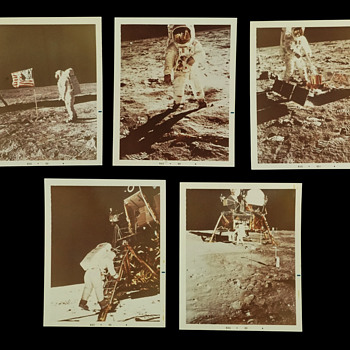 Group of 5 vintage Apollo Moonwalk color Photos, August 1969 - Military and Wartime