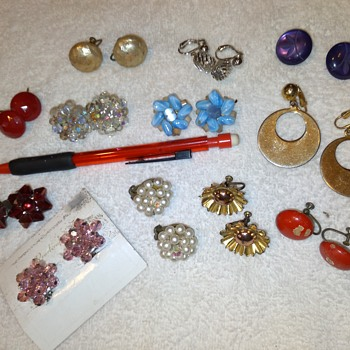 costume jewelry -- clip on earrings (group 1) - Costume Jewelry