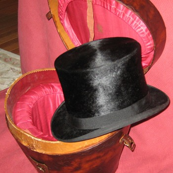 Antique Knox Hat Co. Beaver Silk Top Hat And Leather Case - Hats