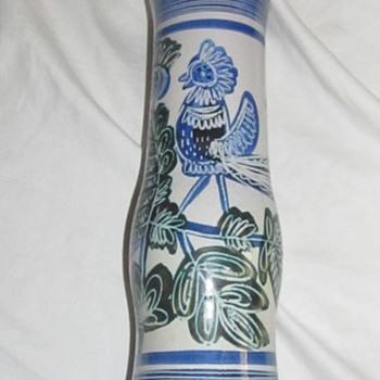 red pottery vase w birds - Pottery