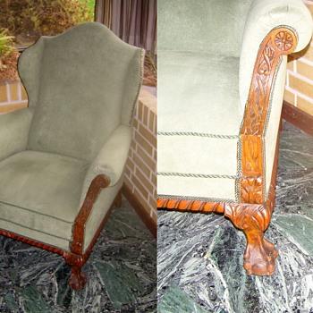 Irish (?) armchair. - Furniture