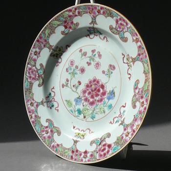 18th century YONGZHENG / QIANGLONG famille rose plate - Asian