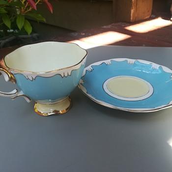 Royal Albert Bone China England tea cup and saucer  - China and Dinnerware
