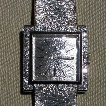 Baume & Mercier Vintage Watch 14K- Model? How much is it worth? - Wristwatches