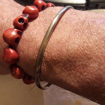 a simple silver bracelet - Fine Jewelry
