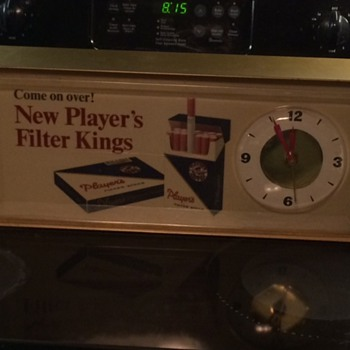VINTAGE 1960'S PLAYER'S CIGARETTES LIGHT & CLOCK ADVERTISING SIGN. NICE!!