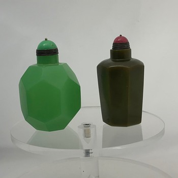 Two Snuff Bottles Age? Repros? - Tobacciana