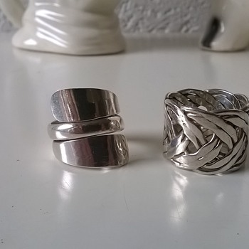 Swapped An .800 Silver Novelty Pocket Ash Tray For 2 Sterling Silver Rings
