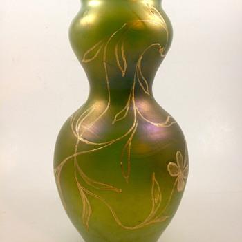 Loetz Russischgrün Dek I/107 PN II 726 (1900) - Art Glass
